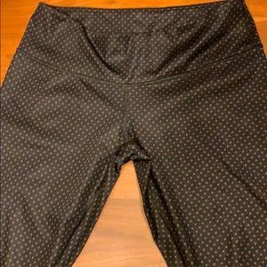 Luxtreme black wunder unders grey polka dots